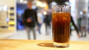 Алкоголь коктейль-бара акции видеоматериалы