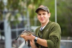 Аллигатор младенца в плене Стоковая Фотография