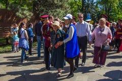 АЛМА-АТА, КАЗАХСТАН - 9-ОЕ МАЯ: Победа торжества дня победы внутри Стоковая Фотография
