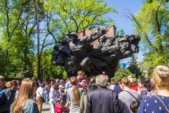 АЛМА-АТА, КАЗАХСТАН - 9-ОЕ МАЯ: Победа торжества дня победы внутри Стоковое фото RF