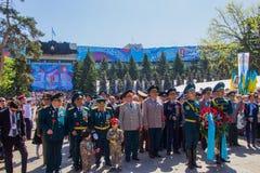 АЛМА-АТА, КАЗАХСТАН - 9-ОЕ МАЯ: Победа торжества дня победы внутри Стоковые Фото