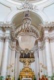 """Алтар со статуей Agatha Святого в церков Badia di Sant """"Agata в Катании, Сицилии, Италии стоковое фото rf"""