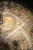 Алтар della Patria Altare отечества, известный как национальный монумент к Виктору Emmanuel II или II Vittoriano на заходе солнца Стоковая Фотография RF