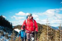 2 альпиниста в горах Стоковая Фотография RF