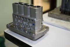 Алюминиевая отливка и подвергать механической обработке для впрыскивающего насоса стоковая фотография rf