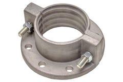Алюминиевый изолят фланца на белизне Фланцы, масло или газовая промышленность алюминиевый бросать стоковые фото