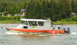 Аляска - залив Juneau 3 Auke рыбацкой лодки стоковое изображение rf