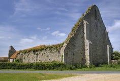 Амбар tithe усадьбы St Leonards средневековый, новый лес Стоковое Изображение RF