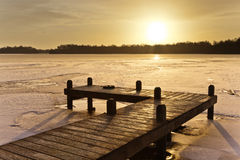 Амбер покрасило озеро зим Стоковые Изображения RF