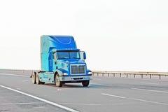 американская голубая тележка стоковое фото rf