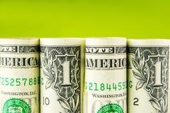 Американская строка доллара на зеленой предпосылке Стоковые Изображения RF