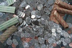 Американские деньги монетки серебра и меди Стоковые Фото