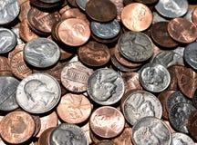 Американские монетки в большой предпосылке кучи Стоковое фото RF