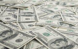 американские доллары кучи как предпосылка Стоковое Фото