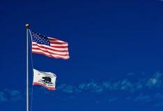 американский калифорниец flags ветер стоковые изображения rf