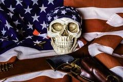 Американский флаг и человеческий череп Стоковая Фотография RF