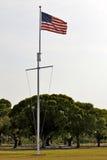 Американский флаг на национальном парке болотистых низменностей Стоковое фото RF
