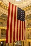 Американский флаг показанный в столице государства Айдахо в Boise стоковые изображения rf