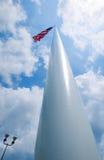 Американский флаг на высокорослом поляке Стоковое Изображение RF