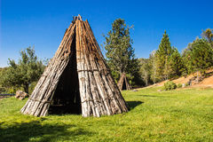 2 американских индийских Tepees Стоковое фото RF