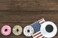 4 американских donuts в ряд Стоковые Фото