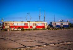 АМСТЕРДАМ - 15-ОЕ АВГУСТА: Старая подводная лодка на NDSM-werf - город-спонсированная община искусства вызвала Kinetisch Noord Стоковая Фотография