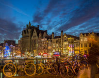 Амстердам на Damrak Стоковое Изображение RF