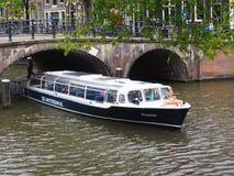 Амстердам, Нидерланды, 2015, туристский круиз в Амстердаме стоковое фото