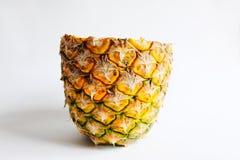 ананас отрезал изолят фото крупного плана на белой предпосылке Стоковые Фото
