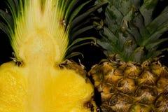ананас предпосылки черный Стоковая Фотография RF