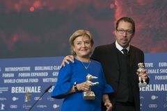 Ана Brun Парагвая и Marcelo Martinessi, серебряный медведь на Berlinale 2018 Стоковое Изображение RF
