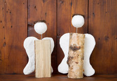 2 ангела handmade древесины - идея для ремесленничества или хобби Стоковые Изображения