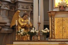 ангел золотистый стоковые фото