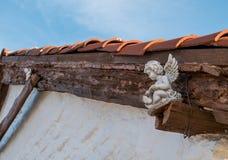 Ангелы в архитектуре стоковые изображения