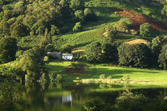 английский сельский дом стоковая фотография rf