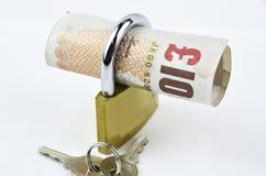 Английские фунты с padlock Стоковое фото RF
