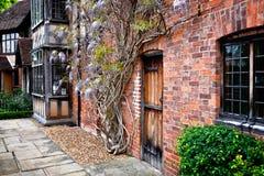 Английский загородный дом стоковые изображения rf