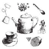 Анисовка чайника, лимона, чашки, чая, сахара, конфеты и звезды эскиза установленная иллюстрация нарисованная рукой комплекта чая  Стоковые Изображения