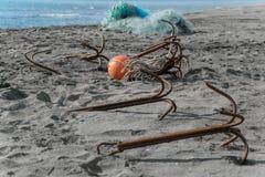Анкеры на песчаном пляже Стоковое Изображение RF
