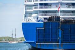 Анкеры парома в гавани Стоковые Фото