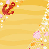 Анкер и раковины на пляже Стоковые Изображения