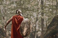Анонимный ратник в обмундировании гладиатора Стоковые Фото