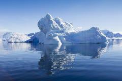 Антартическое побережье стоковая фотография rf