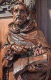 Антверпен - высекаенная статуя St Peter от цент в церков St Pauls (Paulskerk) стоковое изображение rf
