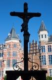 Антверпен - силуэт креста в замке Steen стоковое изображение