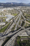 Антенна взаимообмена скоростного шоссе золотого штата 5 и 118 в Лос-Анджелесе Стоковое Изображение RF