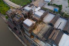 Антенна заржавела покинутая электростанция Стоковое Изображение