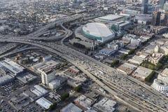Антенна после полудня скоростных шоссе Лос-Анджелеса городская Стоковая Фотография
