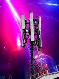 Антенна приема радио установленная на высокую крышу Стоковые Фотографии RF