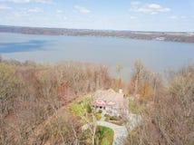 Антенна Рекы Susquehanna и окружающей територии в перепаде, Penns стоковые фото